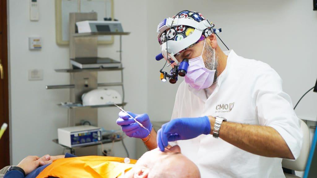 Dott. Giampaolo Zanotto durante una visita